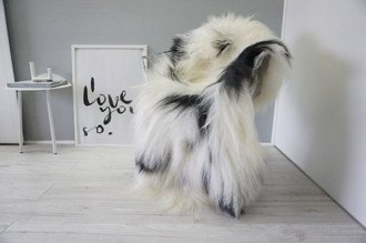 Genuine Icelandic Sheepskin Rug | Sheepskin Rug | Sheepskin Hide | Icelandic Sheepskin | Long Wool Rug | Natural Colour | Rare Breed  SI 488