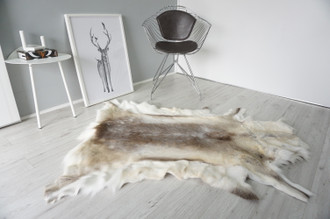 Genuine Scandinavian Reindeer Pelt Rug | Reindeer Rug | Reindeer Pelt | Reindeer Hide | Scandinavian Reindeer | Animal Decor RE 545