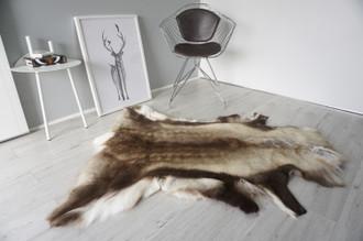 Genuine Scandinavian Reindeer Pelt Rug | Reindeer Rug | Reindeer Pelt | Reindeer Hide | Scandinavian Reindeer | Animal Decor RE 550