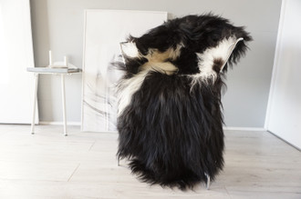 Genuine Icelandic Sheepskin Rug | Sheepskin Hide | Icelandic Sheepskin | Long Wool Rug | Natural Colour | Rare Breed SI 557