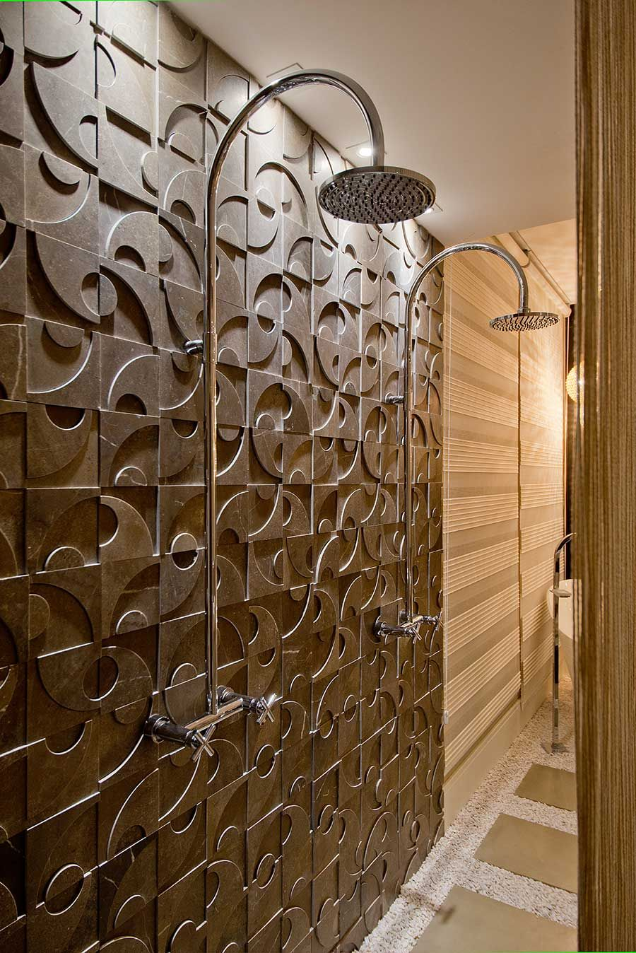 niteroi-grigio-shower-.jpg
