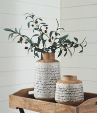 Meghan Tan/Black Vase Set