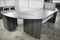 Safco Medina Series Desk with BBF and Curved Extension (Textured Grey)