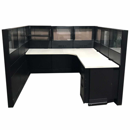 Herman Miller 6' x 6' Ethospace Station With Glass Tile Panels & Power