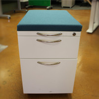 AIS - Mobile Pedestal with Box/File and Cushion