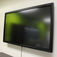 TruTouch 650 HD LCD Multi-touch Display