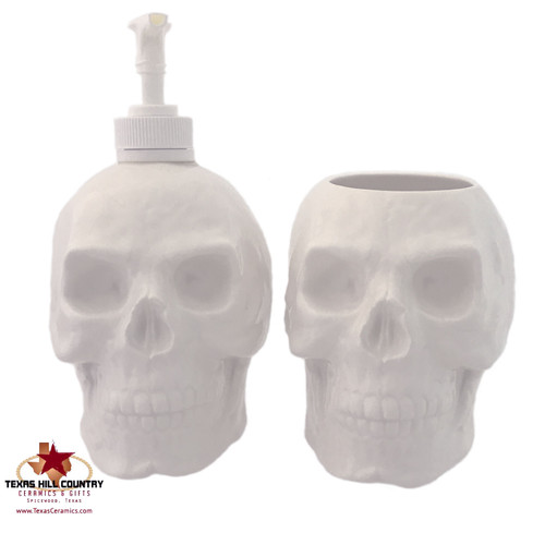 White skull bath set.