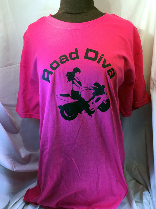 Weight: 5.3 Oz Sizes: S, M, L, XL, 2XL, 3XL Features: 100% preshrunk cotton Seamless rib collar taped shoulder to shoulder Fully double needle stitched Tag  Road Diva Products is a retail company and has no affiliation with any motorcycle club.