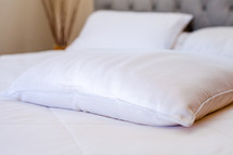 Bamboo Pillow Case Set by Cozy Earth
