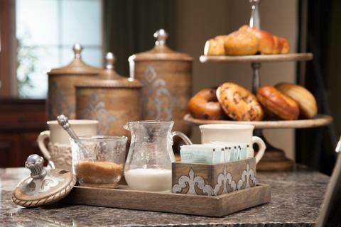 Tuscan Cream & Sugar Set