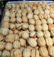 Oreshki (Sweet nuts filled with condensed milk)