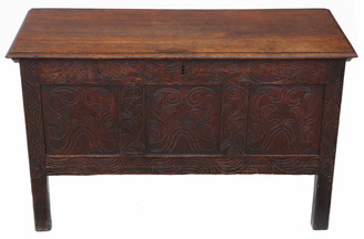 Georgian carved oak coffer or mule chest