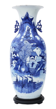 Chinese 19th Century vase blue and white