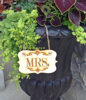 Mrs. Label Style Sign