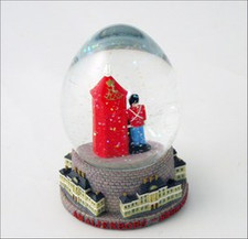 THE COPENHAGEN HOUSE - Danish Royal Garder snow globe