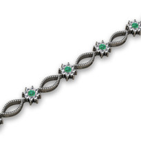 2.64ct t.w Emerald and Diamond Cluster Bracelet in 14k White Gold