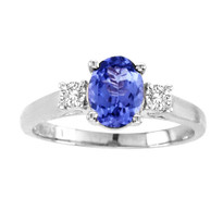 Oval Tanzanite 3-Stone Ring in 14K Gold (1.20ctw)