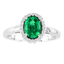 Oval Emerald and Diamond Halo Ring in 14k Gold (1.00ctw)