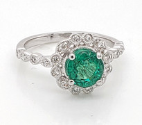 EMERALD AND DIAMOND RING 18K WHITE GOLD