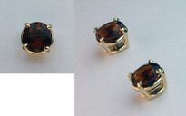 2.5ct Garnet Earrings set in 14kt Yellow Gold