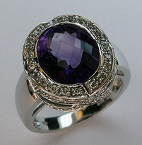 Amethyst Ring in 14kt White Gold with Diamond
