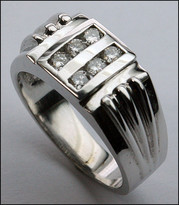 Diamond .42ct Men's White Gold Ring