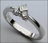 18kt Diamond Ring, .21ct Diamond, G Color Diamond