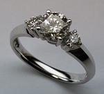 3 Stone Diamond Engagement Ring - 18kt - Certified