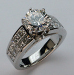 GIA Certified - 2.01ct Diamond Engagement Ring, 18kt
