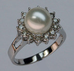 14kt White Gold Cultured Pearl and Diamond Ring