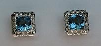 14kt Gold Blue Topaz Earring with Diamonds E395