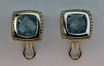 14kt Gold Blue Topaz Earrings