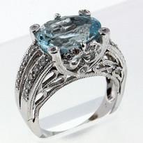 4.55ct  Aquamarine Ladies Ring