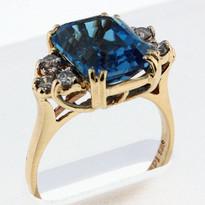14kt Gold Blue Topaz and Diamond Ring 03YMLS