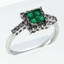 Ring.36ct Emerald White Gold Ring