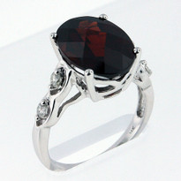 Ring .20ct Garnet and Diamond Ring