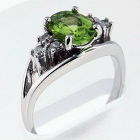 1.72ct Peridot and Diamond Ring - White Gold