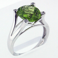 3.6ct Peridot and Diamond Ring - White Gold