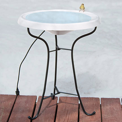 Heated Pedistal Bird Bath Ice Free To -25 Degrees Fahrenheit