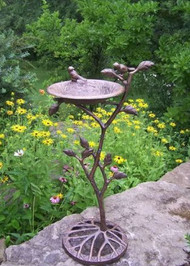 Oakland Living Feathers Meadow Birdbath OAA1702