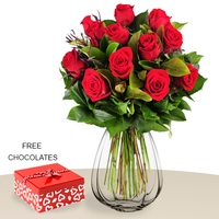12 Red Roses With Vase, FREE Chocolates