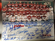 1980 Phillies World Series Team Photo 11 x 14 signed by 30 players All Possible Living except Mike Schmidt