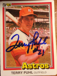 Terry Puhl Autographed 1981 Donruss #24