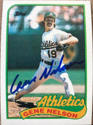 Gene Nelson Autographed 1989 Topps #581