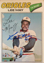 Lee May Autographed 1977 Topps #380