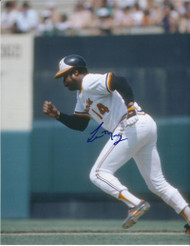Lee May Autographed Orioles 8 x 10 Photo 4