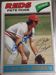 Pete Rose Autographed 1977 Topps #450