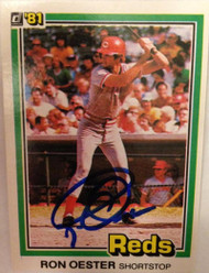 Ron Oester Autographed 1981 Donruss #423