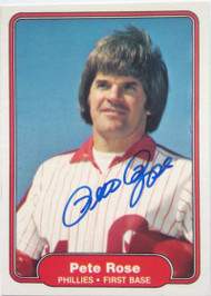 Pete Rose Autographed 1982 Fleer #256