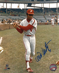 Willie Montanez Autographed Phillies 8 x 10 Photo 2